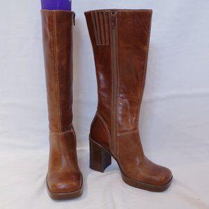 "Steve Madden ""Lusst"" Leather Boot in Cognac- Sz. 6"